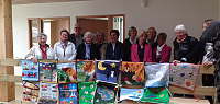 Remise officielle du tapis de lecture par l'association Dinard Patchwork